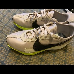 Nike Moon Racer Running Shoes Size 10